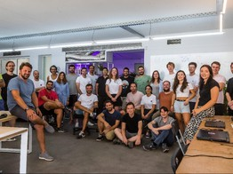 Fintech angels line up for $14m Plum Series A as company hints at 'super app' ambitions - AltFi image