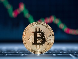 Bitcoin Could Plunge 50% with November-Like Dump amid Low Volatility: Analysts image
