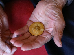 Over Half of U.S. Retirees are Crypto-Aware but Won't Invest in Bitcoin: Survey image