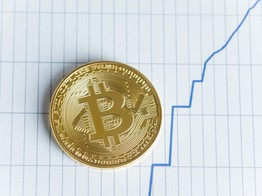 Traders Expected Bitcoin to Rise as Stock Market Fell, What Went Wrong? image