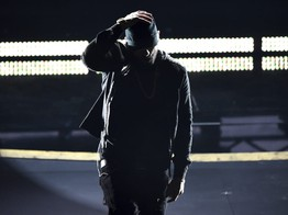 Eminem's Career Hits Dead-End with 'Lose Yourself' Oscars Performance image