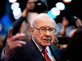 Everyone Thinks They're Warren Buffett Just Before the Stock Market Bubble Pops image