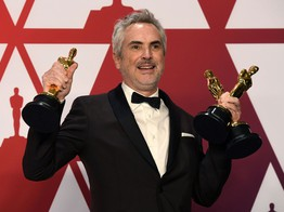 Netflix Stock Surges to 2019 High after Roma Headlines 4 Oscar Wins image
