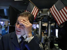 Dow Extends Brutal Plunge as Recession Fears Pummel Stock Market image