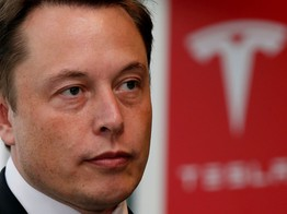 Tesla's Entire Board Sued over Elon Musk's Trigger-Happy Twitter Thumbs image