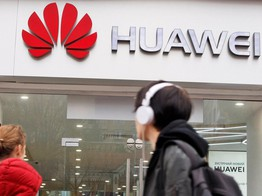 China's Huawei Quashes Analyst's Bullish Apple Stock Price Prediction image