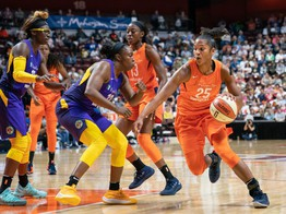 WNBA Players Association Inks Deal With Sports Streaming ICO image