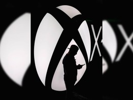 Microsoft Grenades Xbox Cross-Gen Strategy With Confusing U-Turn image