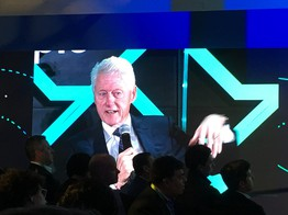Bill Clinton: Over-Regulation Could Kill Blockchain's 'Golden Goose' - CoinDesk image