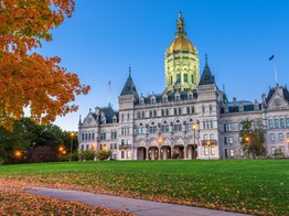 Connecticut Lawmakers Seek to Legalize Blockchain Smart Contracts - CoinDesk image