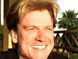 Overstock CEO Patrick Byrne Sells Share in His Company, People Complain, Byrne Responds to 'Preclude Further Recurrence of Mass Vapors' image