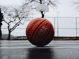 NFTs: New York Knicks Fans May Commemorate NBA Season with 3D NFT Tickets, which Launched on Sweet Platform image