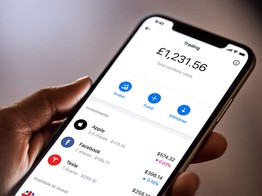 Digital Bank Revolut Adds Key Service for Customers with Direct Debits image