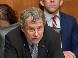 Senator Sherrod Brown, Chair of Senate Banking Committee, Presses OCC on Crypto Bank Charters Putting Fintech Innovation at Risk image