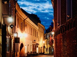 UK based Fintech Yapily Announces New Office in Vilnius, Looks to Expand Open Banking Services Across Europe image