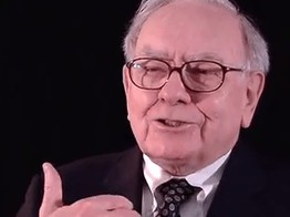 The Oracle of Omaha: Warren Buffet Gives Fintech Some Love image