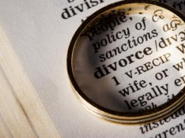 Brits more likely to get divorced than dump their bank – Tandem image