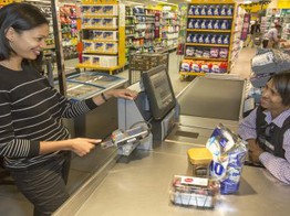 Contactless overtakes Chip and PIN for in-store transactions image