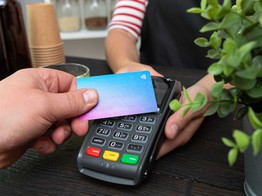 Samsung and Curve increase UK customer spending power | Payment Solutions | Fintech Magazine image